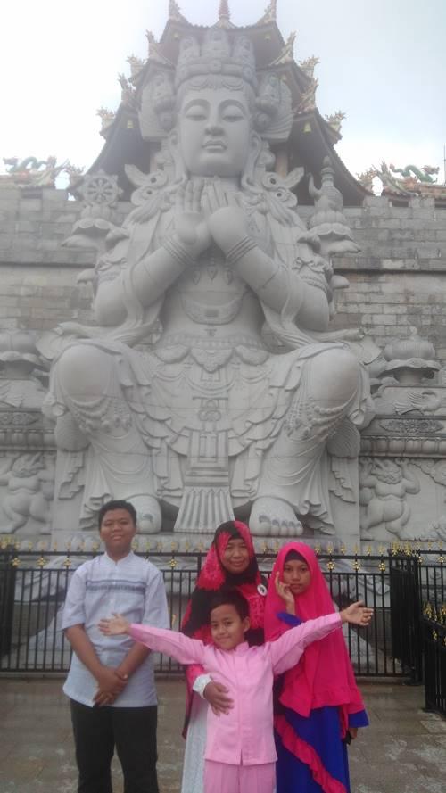 Patung Seribu Wajah di Tanjung Pinang