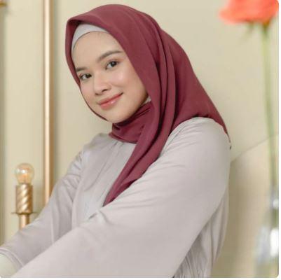 Jenis-jenis gaya Jilbab Segiempat