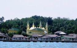 Menikmati Wisata di Pulau Penyengat Sekaligus Napak Tilas Cagar Budaya Indonesia